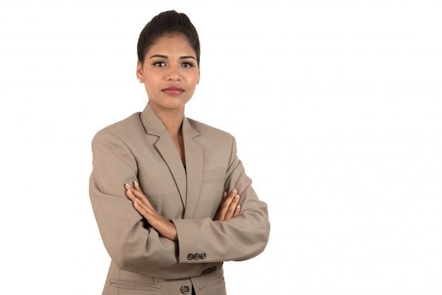Portret van mooie jonge zakenvrouw