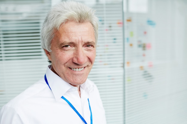 Portret van senior ondernemer