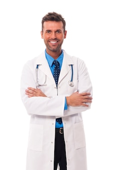 Portret van spontane mannelijke arts