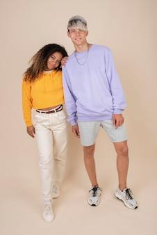 Portret van tieners die samen poseren