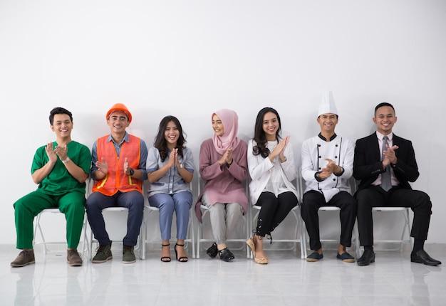Portret van verschillende beroepen klappen hand