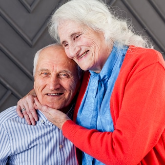 Portret van volwassen en vrouw samen