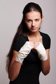 Portret van vrouwelijke bokser