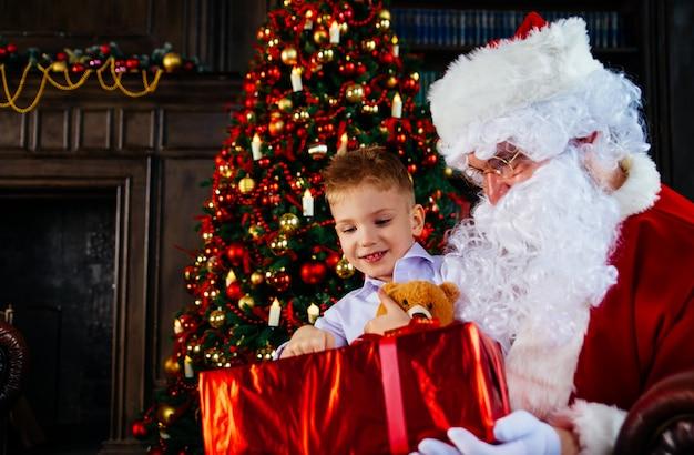 Portretten en levensstijl van de kerstman
