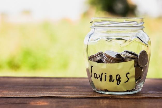Pot met besparingen en kopie-ruimte