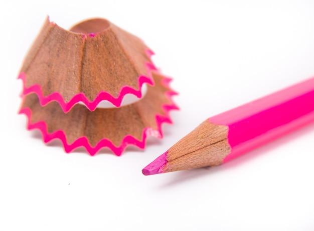 Potloden met grafietpoeder en krullen