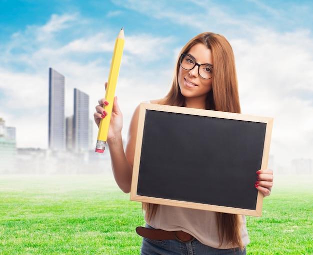 Potlood onderwijs jong volwassen campus