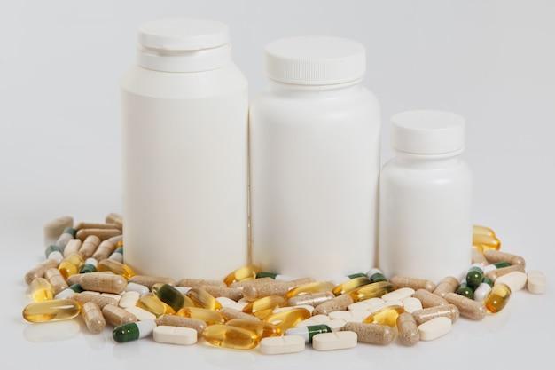Potten en verschillende pillen