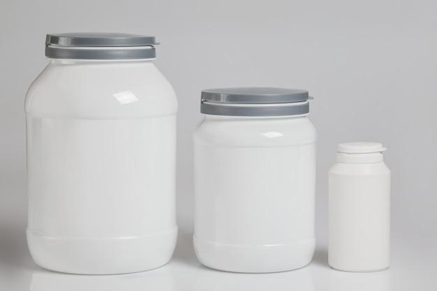 Potten met voedingssupplementen