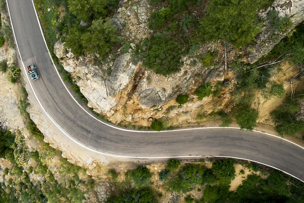 Prachtig bergweglandschap