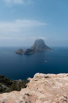 Prachtig landschap van het eiland