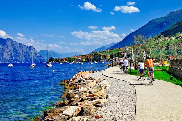 Prachtig meer lago di garda activiteiten prachtig meer in het noorden van italië