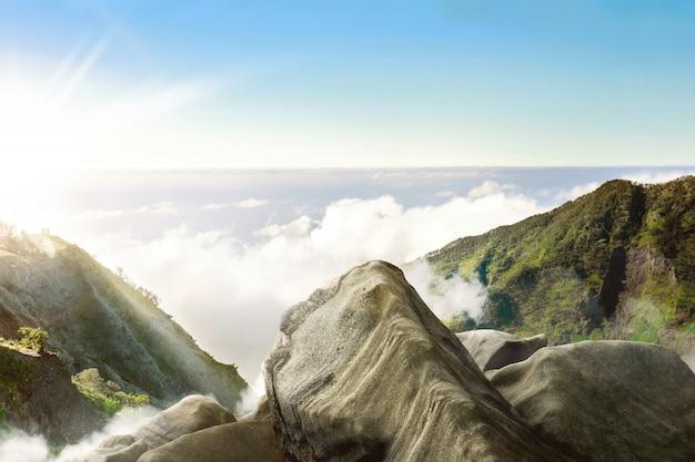 Prachtig panoramisch uitzicht op zonnige dag