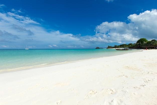 Prachtig tropisch eiland van de maldiven