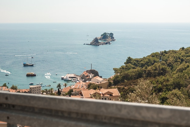 Prachtig uitzicht op de adriatische zee, montenegro