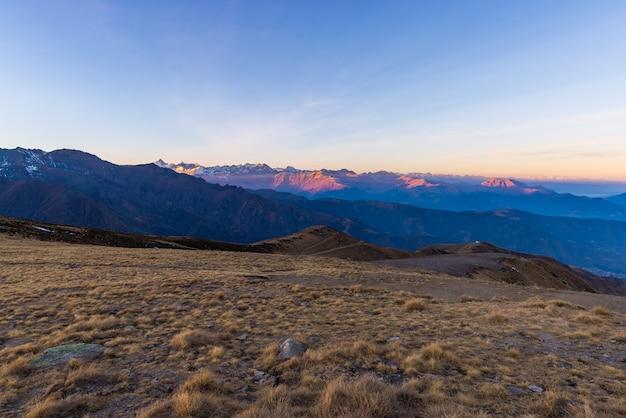 Prachtig uitzicht op de bergen