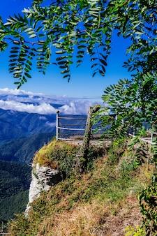Prachtig uitzicht op het heiligdom mare deu del far in spanje