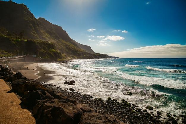 Prachtig winderig strand playa el socorro