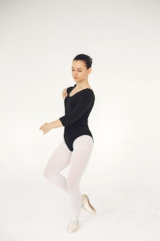 Prachtige balletdanseres. ballerina in spitzen.