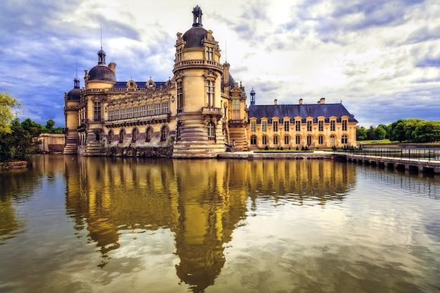 Prachtige kastelen van frankrijk, koninklijk chateau de chantilly