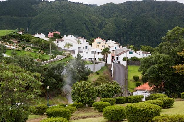 Prachtige landschapscènes in de azoren portugal tropische natuur in sao miguel island azoren