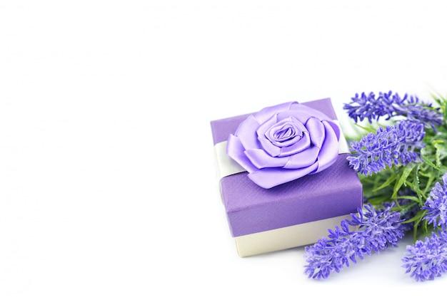 Prachtige lente zomerbloemen boeket van lavendel