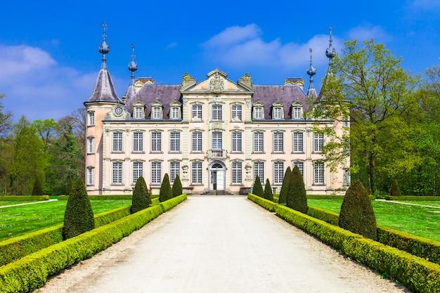 Prachtige middeleeuwse kastelen van belgië