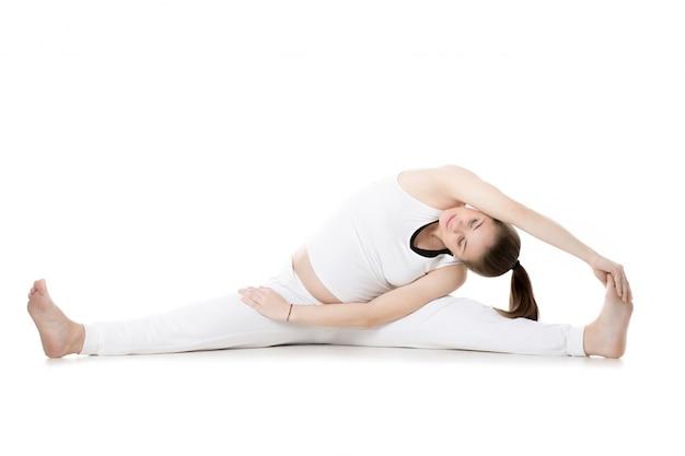 Prenatale yoga, upavishtha konasana