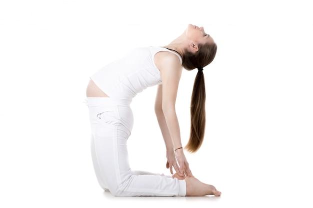 Prenatale yoga, ustrasana