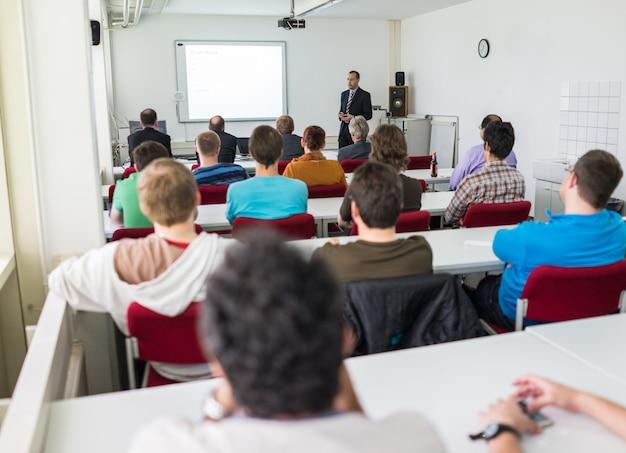 Presentatie op de universiteit