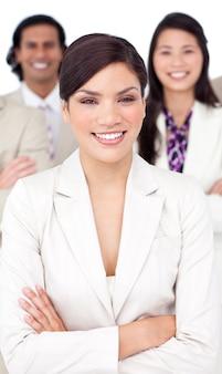 Presentatie van een glimlachend commercieel team