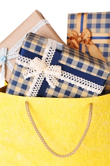 Presenteer dozen in papieren zak close-up