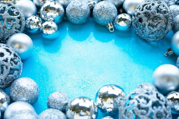 Prettige kerstdagen en prettige feestdagen, kerstballen decoratie