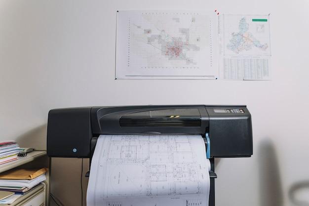 Printer met blauwdrukken