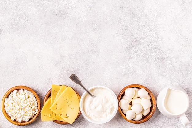 Probiotica gefermenteerde zuivelproducten - yoghurt, kefir, kwark, mozzarella en goudse kazen.