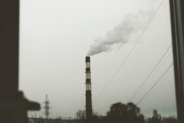 Probleem van luchtverontreiniging, uitstoot van gas en opwarming van de aarde
