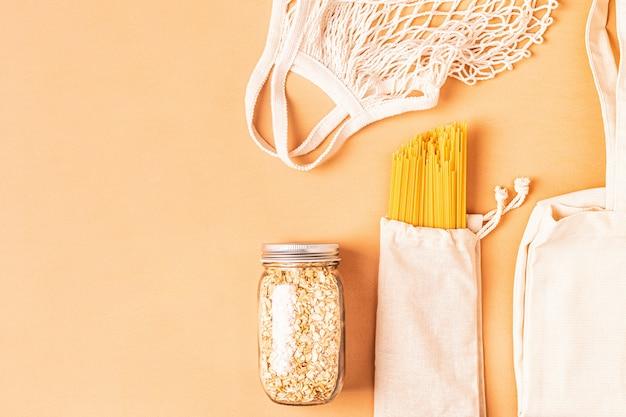 Producten in textielzakken, glaswerk