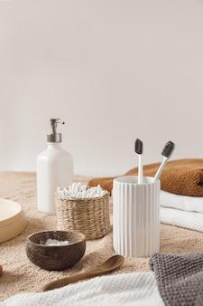Producten voor de ochtendroutine voor schoonheid en gezondheidszorg. vrouwelijke spa, wellness, behandeling
