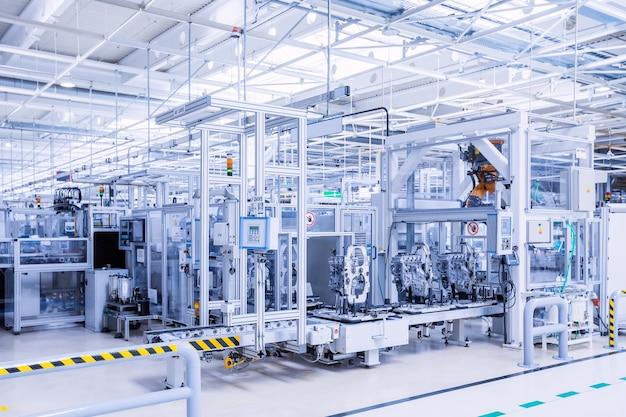 Productie van automotoren in autofabriek