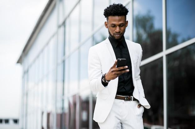 Professioneel succes etniciteit shirt computer modern