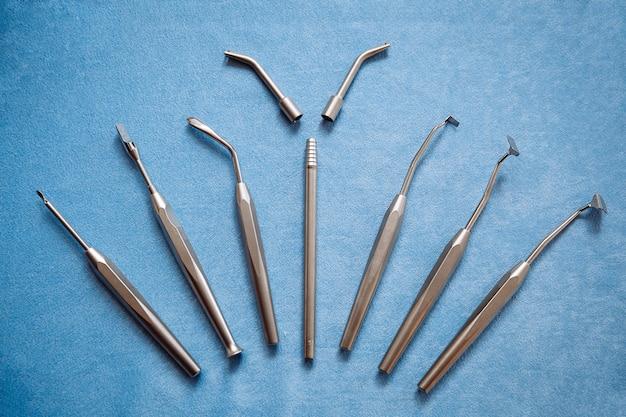 Professionele instrumenten voor stomatologie en kaakchirurgie