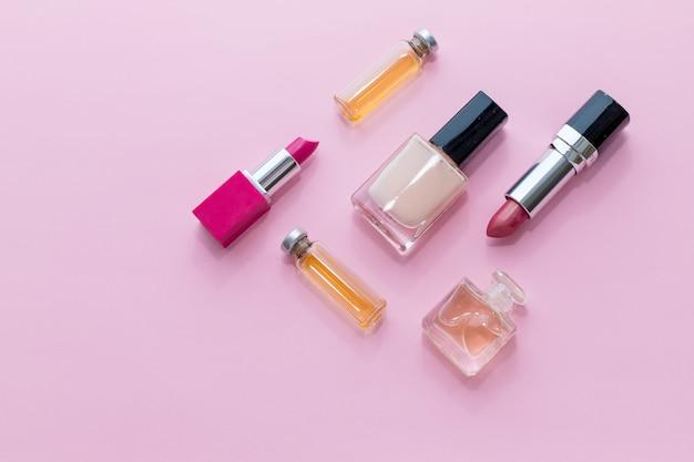 Professionele make-up. schoonheid. decoratieve cosmetische producten. collectie. modetrends in cosmetica