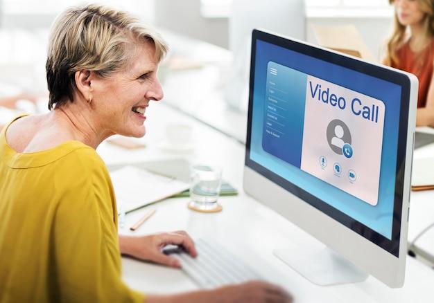 Profielinterface voor online videogesprekken Gratis Foto