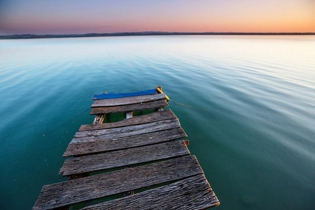 Promenade op het meer