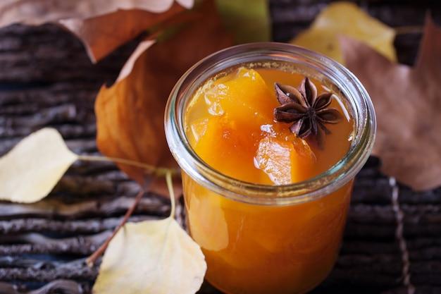 Pumpkin stukken in een glas