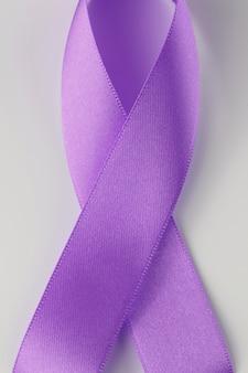 Purple ribbon, wereldkankerdag.