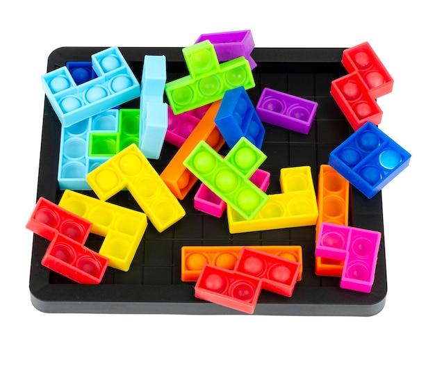 Puzzel eenvoudig kuiltje, knal het. modieus en modern anti-stress speelgoed voor kinderen en volwassenen.