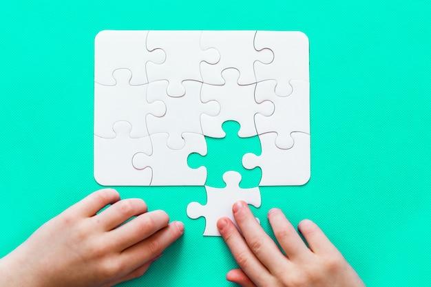 Puzzel met ontbrekend stuk