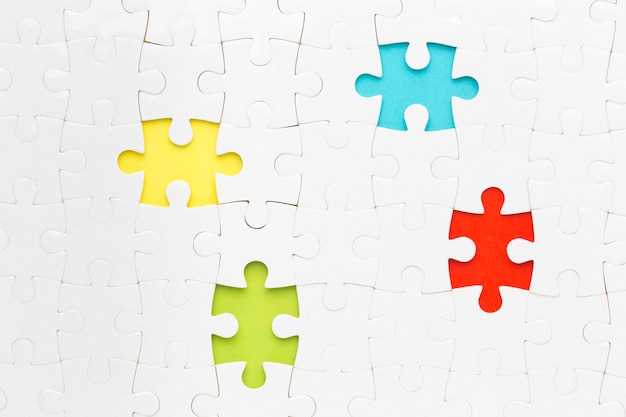 Puzzel waarbij meerdere stukjes ontbreken