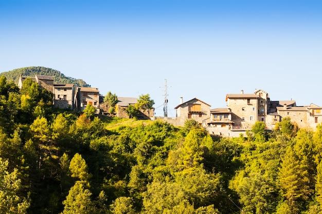 Pyreneeën dorp. puyarruego